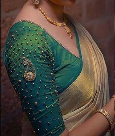 Blouse Back Neck Designs, New Saree Blouse Designs, Cutwork Blouse Designs, Simple Blouse Designs, Stylish Blouse Design, Bridal Blouse Designs, Indian Blouse Designs, Sari Blouse, Aari Work Blouse