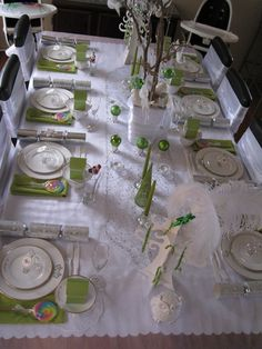 Christmas Party Table #christmas #partytable