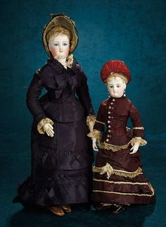 Forever Young - Marquis Antique Doll Auction: 7 Regal French Bisque Smiling Poupee, Size G, by Leon Casimir Bru
