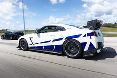"6,670 curtidas, 44 comentários - 🌬 R35 GT-R (@skypapi35) no Instagram: ""They see me rollin' 🔥💯 . . . #r35 #gtr #nissan #nismo #skyline #gtr35 #jotechmotorsports…"" Nissan Gtr Nismo, R35 Gtr, Nisan Gtr, Gtr 35, Nissan Gtr Skyline, Audi, Sweet Cars, Amazing Cars, Cars And Motorcycles"