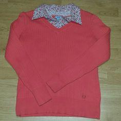 Beautiful sweater by Izod Super cute sweater IZOD Sweaters Crew & Scoop Necks
