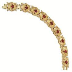 Jackie Kennedy Gold-plated Swarovski Crystal Bracelet Reproduced by Camrose and Kross Jackie Kennedy, Jacqueline Kennedy Jewelry, Jaqueline Kennedy, Love Bracelets, Crystal Bracelets, Jewelry Bracelets, Classy Women, Anklets, Swarovski Crystals