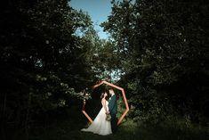 "Víťa Malina, fotograf na Instagramu: ""Okraj lesa, sluníčko, Lucka a Martin 😊 #hezkaceskasvatba #czechwedding#ceskasvatba #svatebnifotograf #slavobrana #greenweddingshoes…"" White Dress, Wedding Photography, Instagram, Dresses, Fashion, Vestidos, Moda, Fashion Styles, Dress"