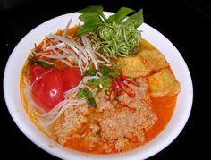 Cách nấu bún riêu cua ngon ngất ngây cho bữa sáng cuối tuần - http://congthucmonngon.com/119867/cach-nau-bun-rieu-cua-ngon-ngat-ngay-cho-bua-sang-cuoi-tuan.html