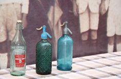 Sifons i gasoses Soda, Bottles, Home Decor, Beverage, Decoration Home, Soft Drink, Room Decor, Sodas, Home Interior Design