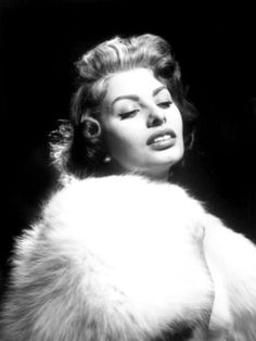 Portrait of Sophia Loren, c.1957. Black and white photos of beautiful women, celebrities