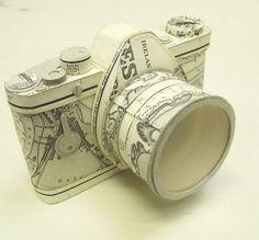Cámara fotográfica-Camera photograpic.  Artista Jennifer Collier  #Reciclaje #Arte