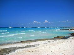 No es el Caribe, esta en Mallorca.. Es trenc....