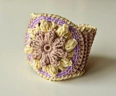 Crocheted bracelet with flower