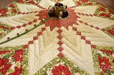 French Braid Tree Skirt / Šiju-Žiju.cz French Braid, Tree Skirts, Christmas Quilting, Christmas Tree, Quilts, Holiday Decor, Home Decor, Scrappy Quilts, Teal Christmas Tree