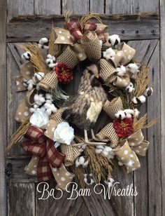 Cotton Pickin Rooster, Cotton Wreath, Rooster Wreath, Farmhouse Wreath, Country Wreath, Everyday Wreath, All Season Wreath, Deco Mesh Wreath, Door Decor  Cotton Pickin Rooster~ O My~ its a Southern thing honey! Let your door do the talking- and it will do it beautifully! This is one Rooster whose ready to strut his stuff~ hes got it going on and he loves cotton!   Made on a Grapevine base and filled with lush greens & cotton sprays, rustic burlap ribbons and a gorgeous rooster! Measures...