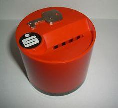 alte-Spardose-SPARKASSE-Kunststoff-ORANGE-DBGM-Schluessel-60-70er-Jahre