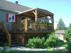 Maison à vendre Sherbrooke, 3415, rue Felton, immobilier Québec | DuProprio | 575197 Sherbrooke Quebec, Bungalow, Rue, Cabin, House Styles, Outdoor Decor, Home Decor, Real Estate, Decoration Home