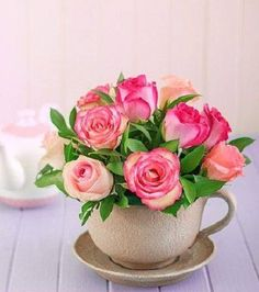 sweet pink and peach roses. A great way to display short stem roses. Beautiful Roses, Silk Flowers, Beautiful Flowers, Teacup Flowers, Rosa Rose, Deco Floral, Ikebana, My Flower, Flower Ideas
