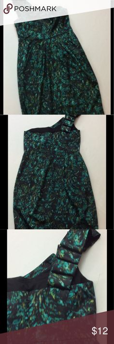 Dress Barn Sz 12 teal and black one shoulder dress This gorgeous one shoulder dress looks like a waterfall! Size 12, excellent condition, worn only once! Dress Barn Dresses One Shoulder