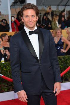 Bradley Cooper-- blue suit, damn.