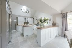 Neptune kitchen in Cotswolds   Neptune By Sims Hilditch