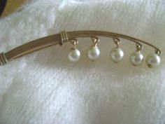 vintage 40/50s gold wire brooch lily of the valley