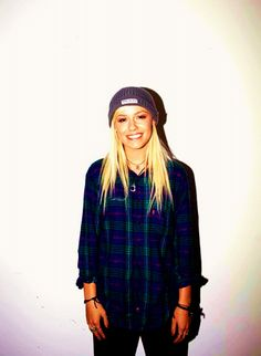 Find images and videos about bands, jenna and tonight alive on We Heart It - the app to get lost in what you love. Surfer Style, Tonight Alive, Her Style, Edgy Style, Tomboy Style, Woman Crush, Beautiful People, Beautiful Ladies, Beautiful Outfits