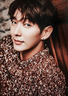 Happy birthday Lee Jun-Ki! You're 35 (April 17)  (^o^)