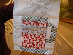 Cute Christmas mug - from potsandpins.com Free pattern available @ModaFabrics