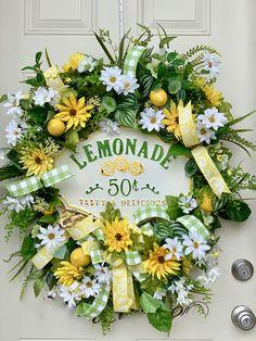 XXL Lemonade Grapevine Wreath- Grapevine Summer Wreath for front door- Everyday Wreath- Rustic Floral wreath – Holiday Decorations Spring Door Wreaths, Deco Mesh Wreaths, Summer Wreath, Wreaths For Front Door, Holiday Wreaths, Holiday Decorations, September Decorations, Floral Wreaths, Sunflower Wreaths