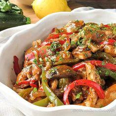 Low Carb Italian Chicken Cacciatore Recipe – Boneless Chicken via @lowcarbmaven