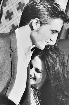 Kristen Stewart and Robert Pattinson. Such a shame how it all ended.