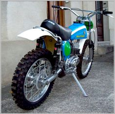 1974 Bultaco 250 Pursang Pomeroy Replica - Like the One He took the First US Won GP on at the Spanish GP in Motorcycle Cover, Tracker Motorcycle, Motorcycle Dirt Bike, Moto Bike, Mx Bikes, Motocross Bikes, Vintage Motocross, Honda Dirt Bike, Dirt Biking