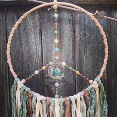 Spiritual Decor, Diy Wind Chimes, Moon Decor, Buddha Art, Calming Colors, Boho Wall Hanging, Dream Catcher Boho, How To Make Wreaths, Czech Glass Beads