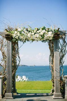 Photography: Lisa Rigby Photography - lisarigbyphotography.com Floral Design: Toni Chandler Flowers + Events - tonichandlerflorals.com Venue + Event Coordination: Castle Hill Inn - castlehillinn.com  Read More: http://www.stylemepretty.com/2013/07/16/newport-rhode-island-wedding-from-lisa-rigby-photography/