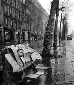La maison de carton, Paris, 1957 by Robert Doisneau