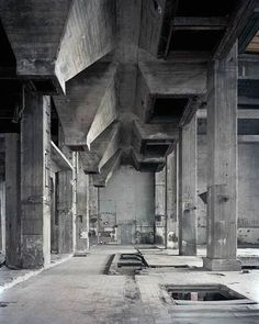 halle am berghain, berlin, germany Concrete Architecture, Industrial Architecture, Art And Architecture, Abandoned Buildings, Abandoned Places, Magic Places, Concrete Interiors, Monochrom, Brutalist