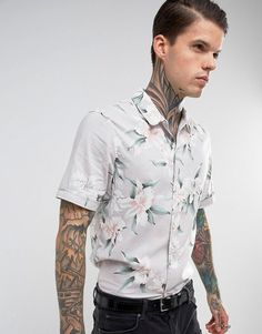 AllSaints Regular Fit Short Sleeve Shirt With Floral Print - Gray Style Vintage Hommes, Modern Mens Fashion, Men Fashion, Style Fashion, Latest Outfits, Fashion Outfits, Asos Men, Mens Fall, Workout Shorts