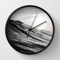 #water #ocean #sea #wave #motion #nature #smooth #surf #surfing #clock #wallclock