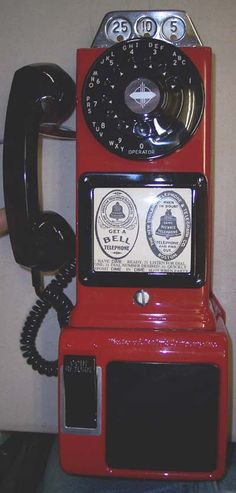Vintage Phones, Vintage Telephone, Vintage Stuff, Vintage Ads, Vintage Antiques, Diner Aesthetic, Retro Phone, Forms Of Communication, Old Phone