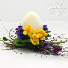 Wool Needle Felting, Needle Felting Tutorials, Needle Felted Animals, Nuno Felting, Egg Crafts, Easter Crafts, Diy And Crafts, Easter Projects, Diy Projects To Try