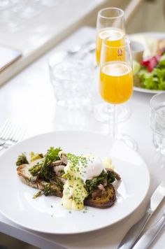 If you're dying to get an excellent, French styled brunch, book a table this weekend to wonderful Brasserie Lumière. #weekend #sunday #brunch #breakfast #french #style #food