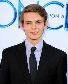 Robbie Kay has been cast opposite Jack Coleman and Zachary Levi in NBC's 13-episode Heroes Reborn event series.