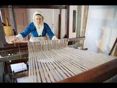 Weaving on the Ashford Jack Loom - YouTube