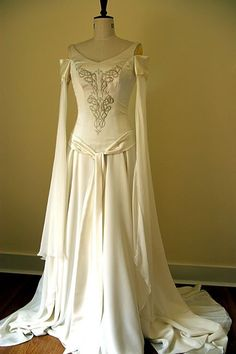 celtic  Gorgeous dress, I'd definitely want this for my wedding. If I was ever getting married.