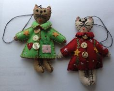 2 Cats Wearing Coats Fabric Ornaments - Hand Made in Gift Box Tony http://www.amazon.com/dp/B00KHVBCQS/ref=cm_sw_r_pi_dp_ruKHub0MCMAZK
