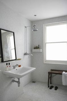 small.  simple.  but all tile. Wet rooms   My Paradissi