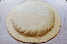 An easy step-by-step recipe for homemade Galette des Rois from a Parisian cook, to celebrate the Epiphany just like the French do! Freezer Burn, Silicone Baking Mat, Pan Dulce, Chocolate Recipes, Homemade, King Cakes, Recipe, Kitchens, Silicone Baking Sheet