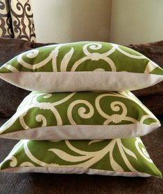 How to make pillows- I'm hand sewing new ones with pillow stuffing and awesome fabric from a flea market.