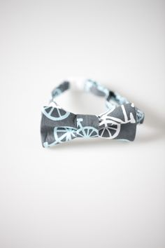 Toddler Bowtie - Gray with Bicycles.  16.00 8be548525400