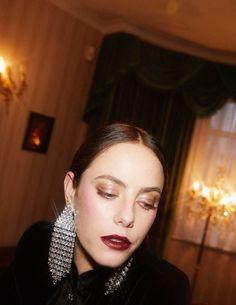Kaya Rose Humphrey, Kaya Scodelario, Movie Stars, Halloween Face Makeup, People, Lancaster, Pictures, Photos, Connect