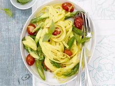 Fruchtig-frische Bavette mit grünem Spargel #Rezepte #Spargel #Asparagus