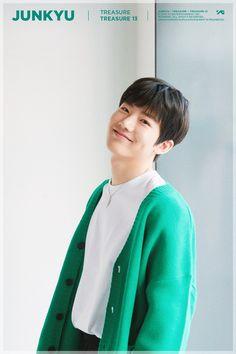 Korean Boy Bands, South Korean Boy Band, Yg Entertainment, Korean Celebrities, Celebs, Hip Pop, Hyun Suk, Treasure Boxes, Dimples