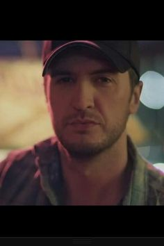 Those eyes!  Love the Buzzkill video!